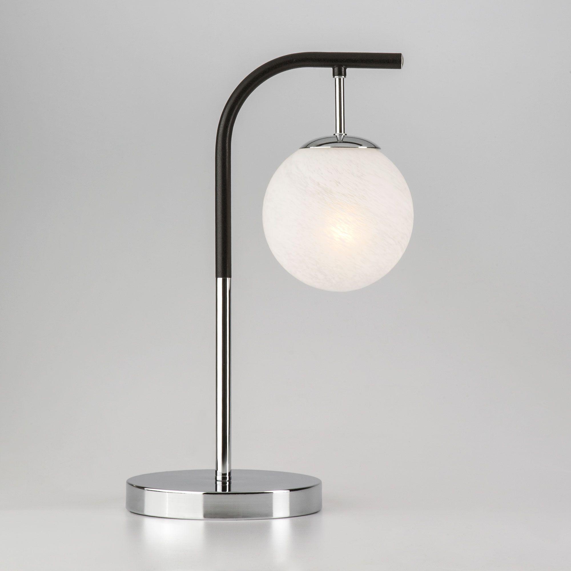 Настольная лампа в стиле лофт 01039/1 хром/черный