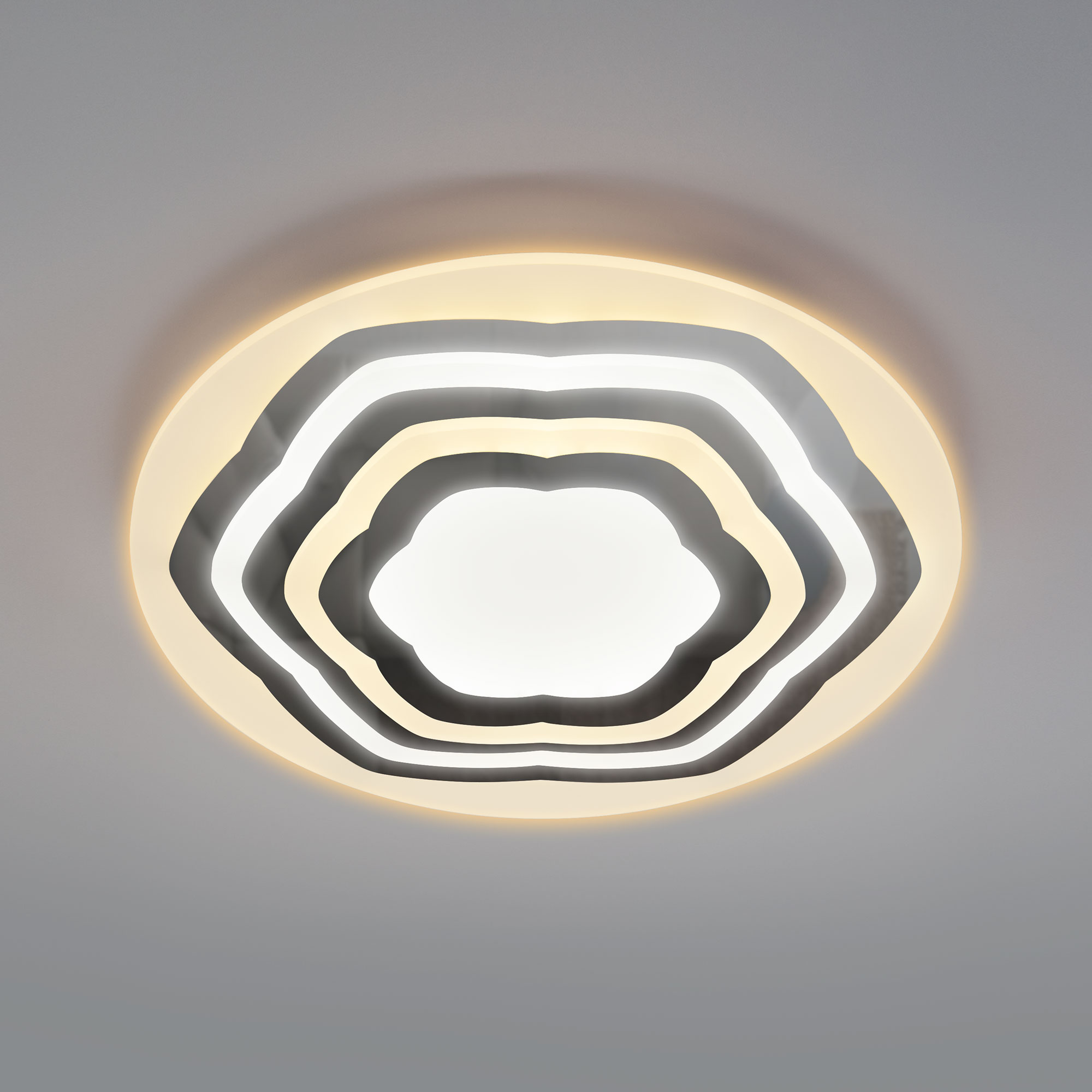 Потолочный светодиодный светильник с пультом управления 90117/4 хром